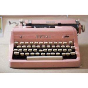 roze typmachine